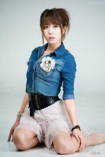 皮仔衬衫纱裙美少女韩国许允美