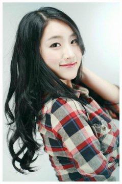 韩国模特崔之香室拍写真
