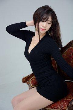 韩国美女模特宋珠娥黑玉鸣尊高跟美腿写真
