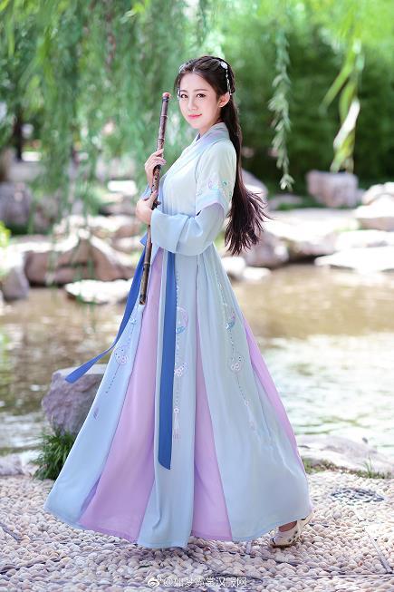 汉服美少女 小昭 白色透视古装公园内侠女写真仙女范