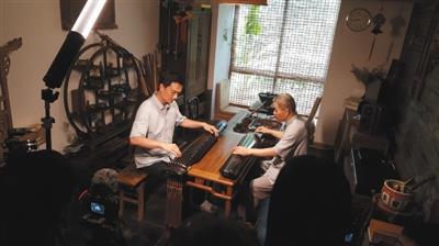 手工艺节目为何爱拍乐器匠人