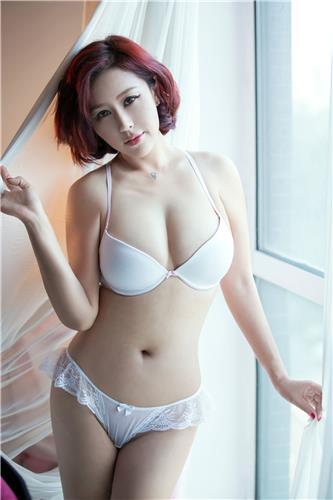 [TuiGirl推女郎]No.31 何何夕 白色性感内衣与连体打底衣私房写真集