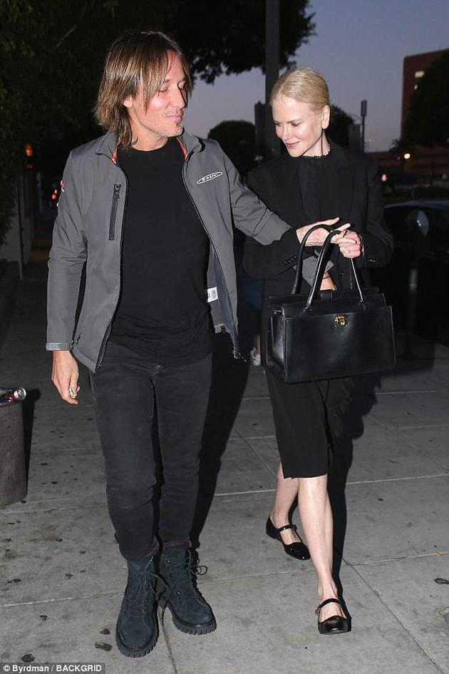 妮可-基德曼被拍与丈夫约会晚餐 打破分手传言