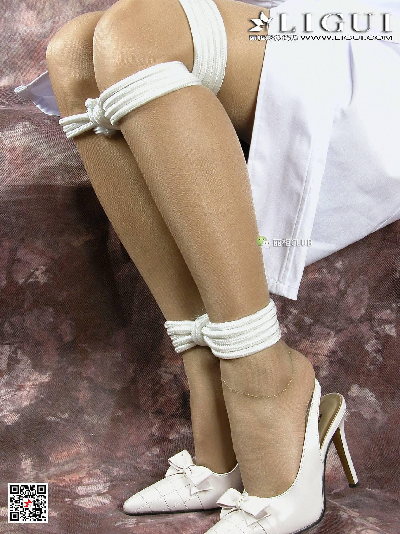 07 性感女护士 雅诗 灰色丝袜美腿玉足SM捆绑私房写真集 24图片