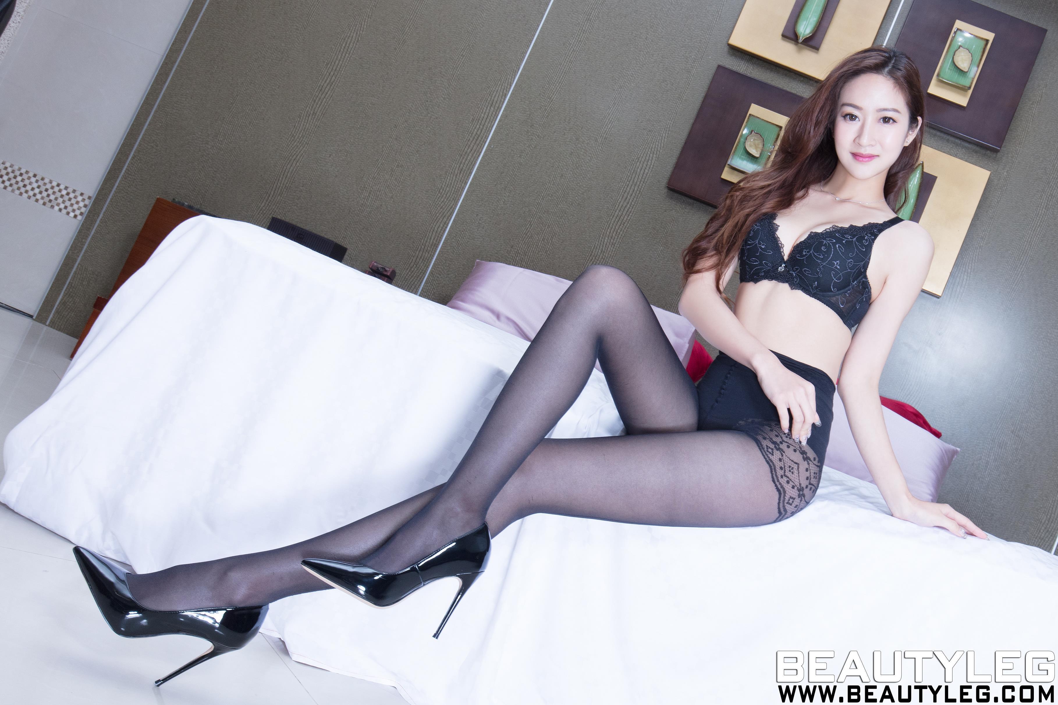 [beautyleg美腿写真]No.1644 Kaylar 黑色性感蕾丝内衣加黑色丝袜美腿私房写真集