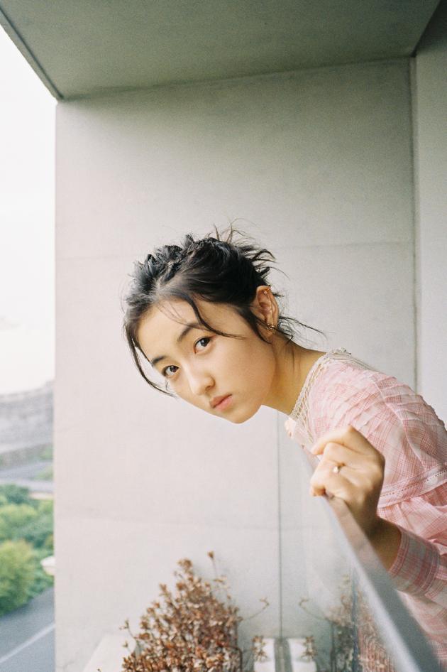 张子枫方辟谣不参加艺考:不出意外明年参加