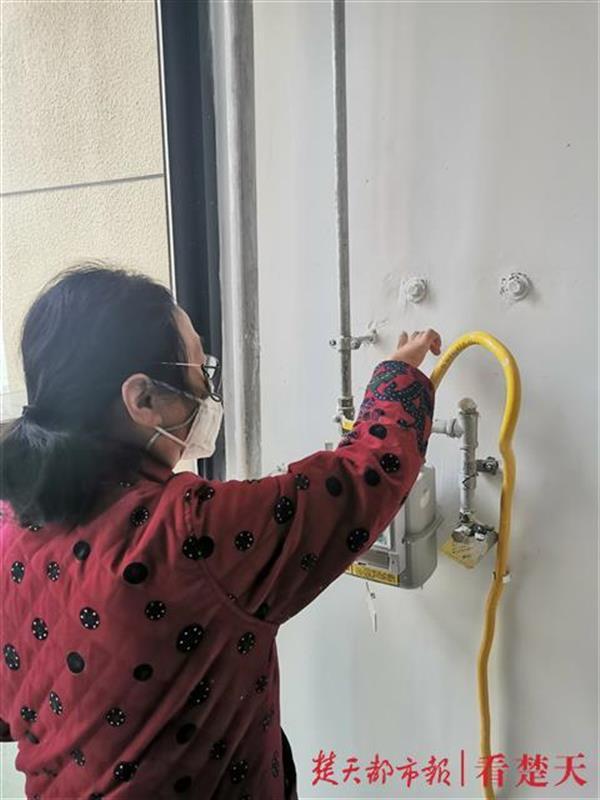 天然气管道位置设计不合理,数百户业主无法正常安装热水器